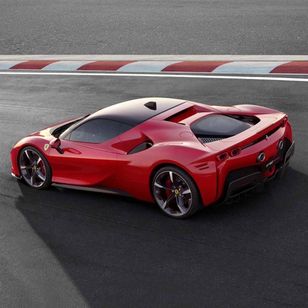 Goodlife Farokh On Instagram The Ferrarisf90stradale Marks A New Chapter In Ferrari History With The Introduction Of New Ferrari Super Cars Ferrari