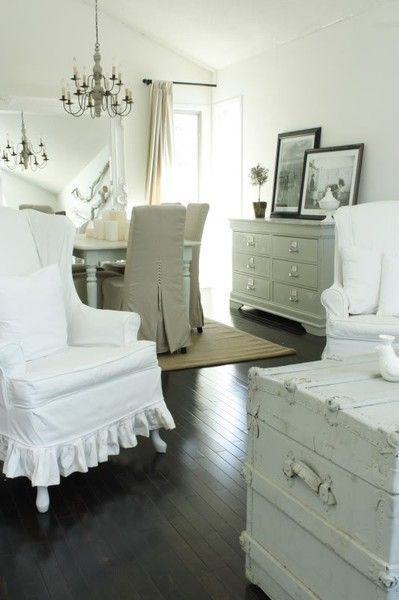 painted furniture, slivcovers.