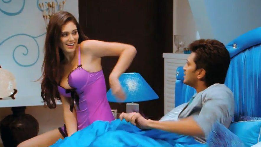 Grand Masti Review Grand Masti Hot Pics Scenes Stills Hot Kainaat Arora Bruna Abdullah Maryam Zakaria Today Episode Grand Masti Latest Hindi Movies