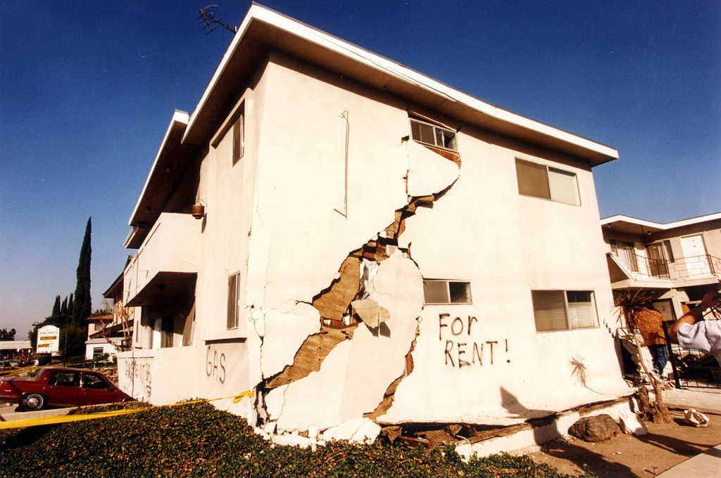A Look Back At The 1994 Northridge Earthquake Northridge Earthquake Northridge Earthquake