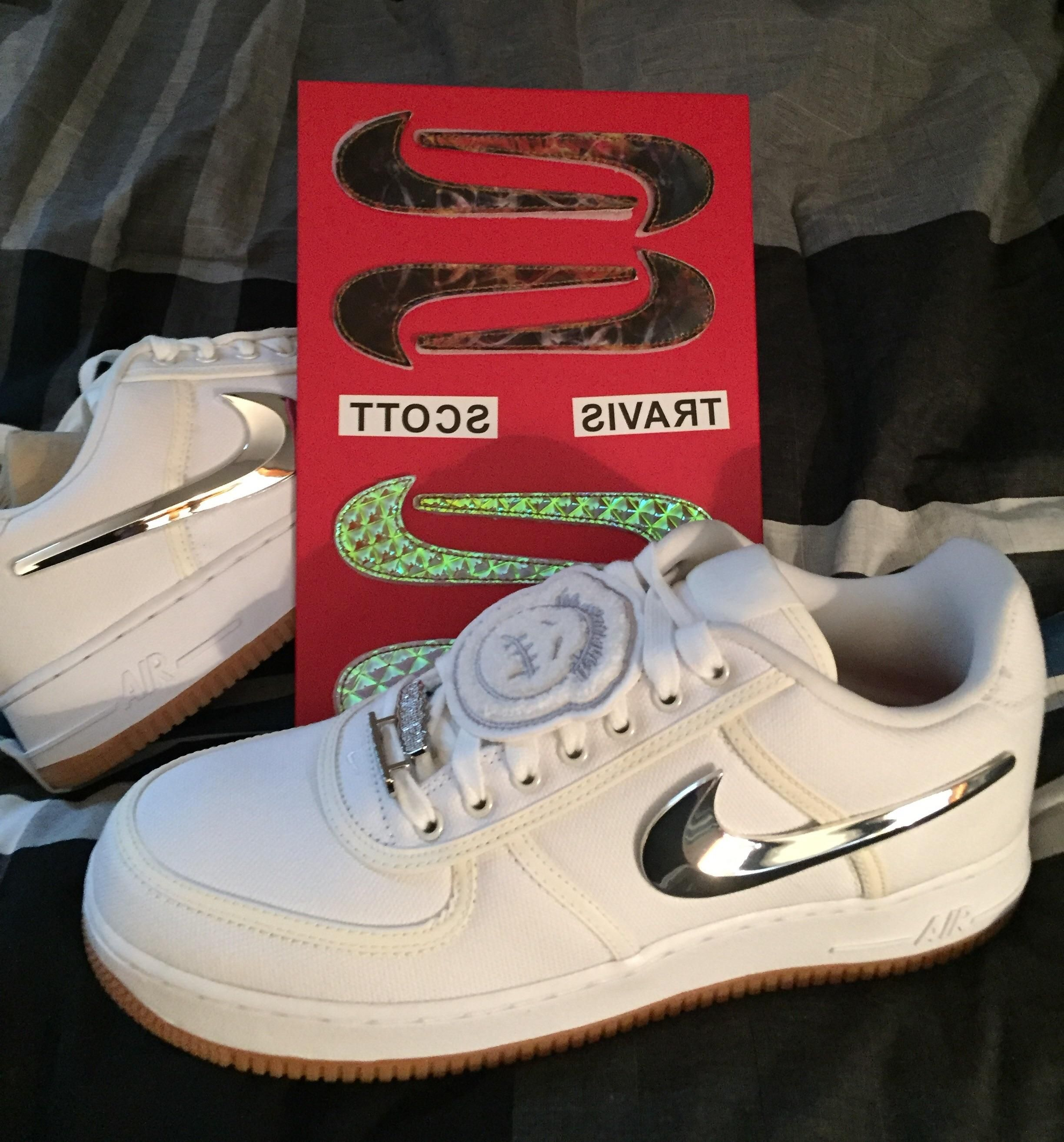 los angeles fd2b2 a1429 What swooshes is everyone rocking with their Travis Scott AF1s