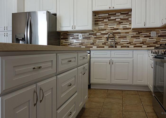 Hillcrest White Cabinet In 2020 Wood Kitchen Wood Kitchen Cabinets Kitchen Cabinets Pictures