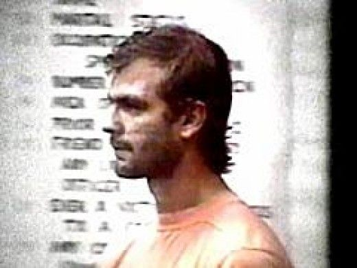 jeffrey dahmer persona Jeffrey lionel dahmer, also known as the milkwaukee cannibal, was an american serial killer who murdered 17 men ans boys between 1978 and 1991.