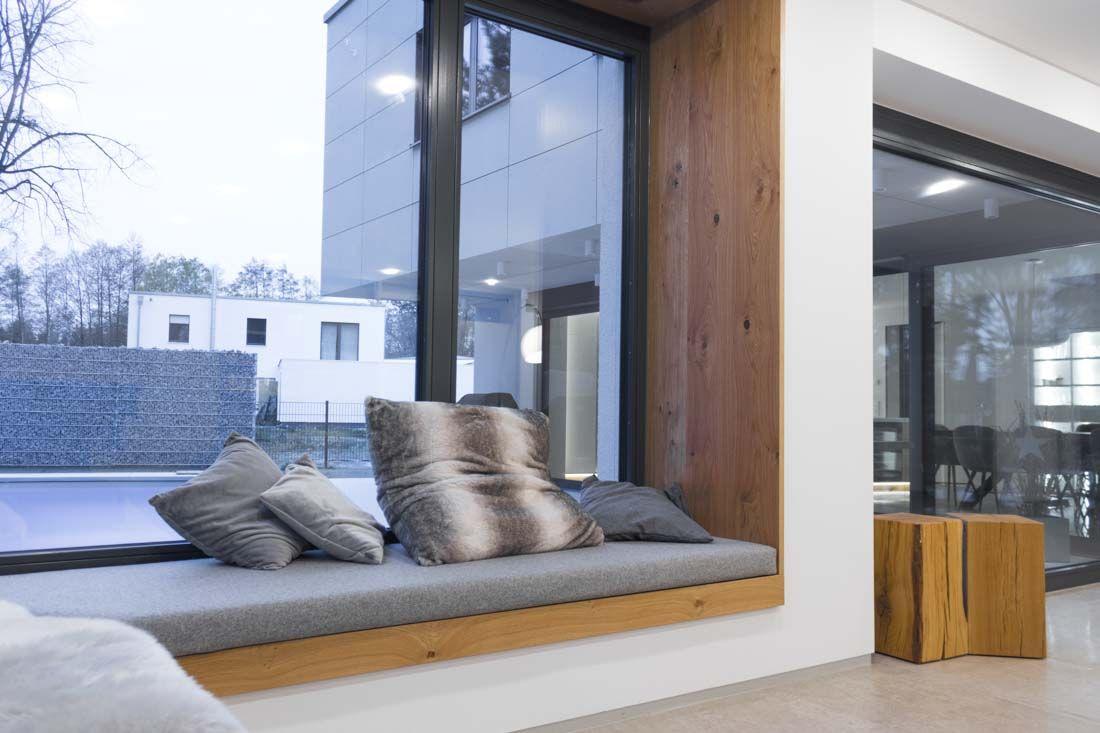 Kuche Mineralwerkstoff Eiche Sitzlounge In 2020 Sitzfenster Haus Wohnzimmer Haus Deko