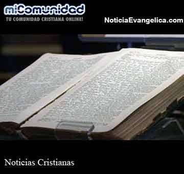 Exponen una Biblia que fue encontrada tras el hundimiento del Titanic