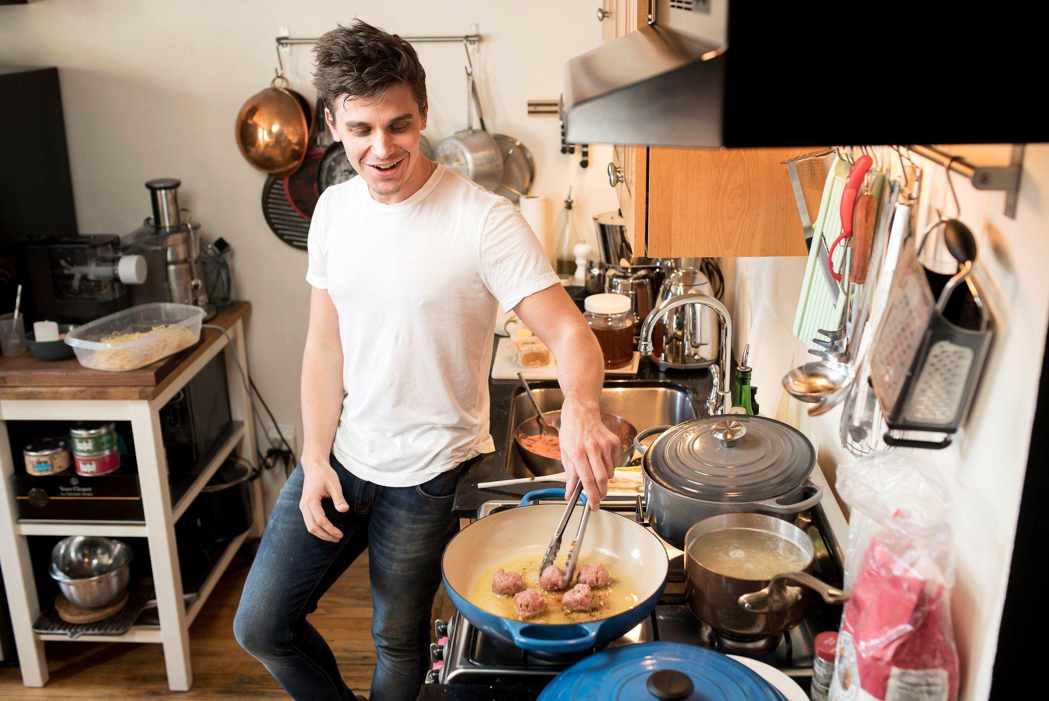 Antoni Porowski Can Cook Cooking Wine Recipes Wine Guy