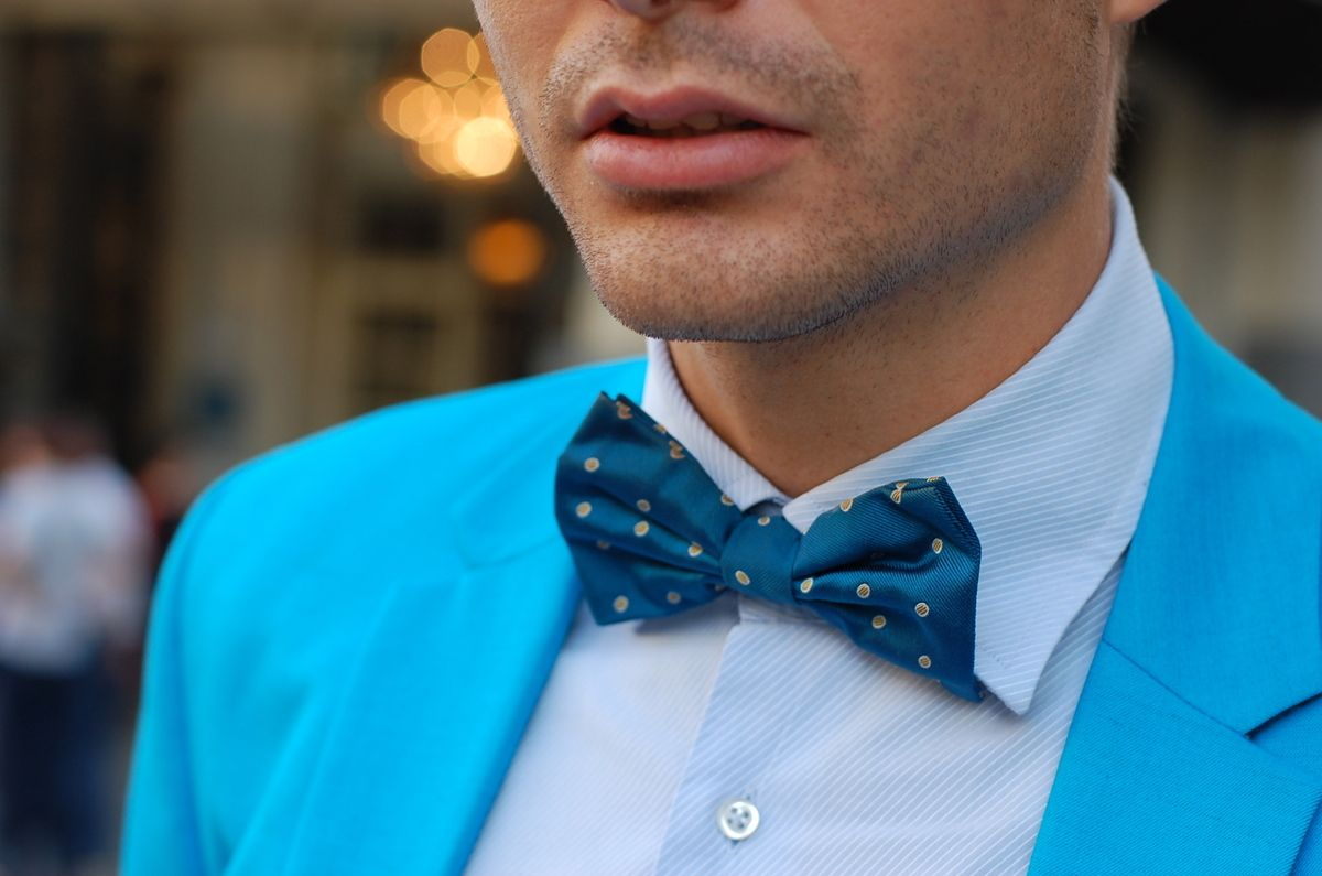 Men Fashion Blogger www.bowtieblue.com Bow Tie by Soloio <3