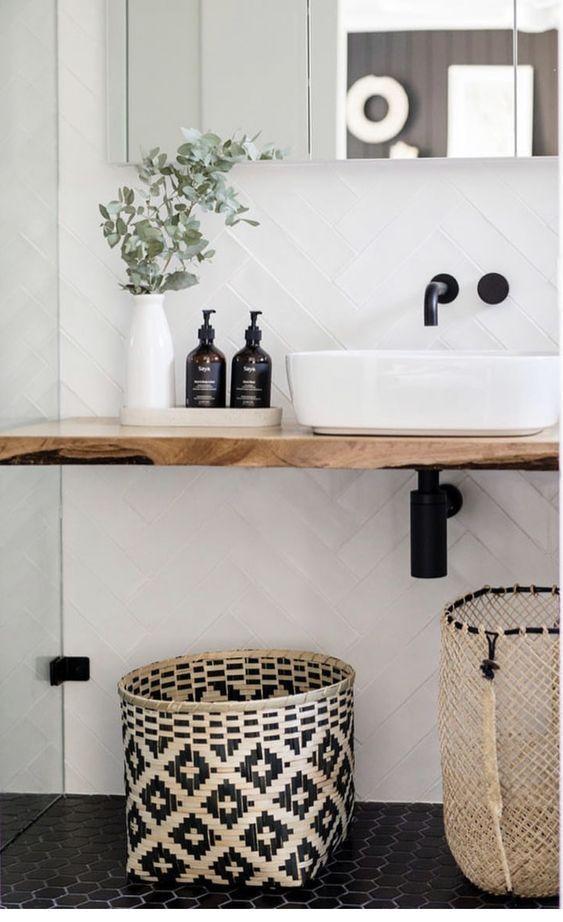 Photo of Schwarze Badezimmer liegen im Trend, aber Sie müssen sich nicht … – Decor Best Ideas