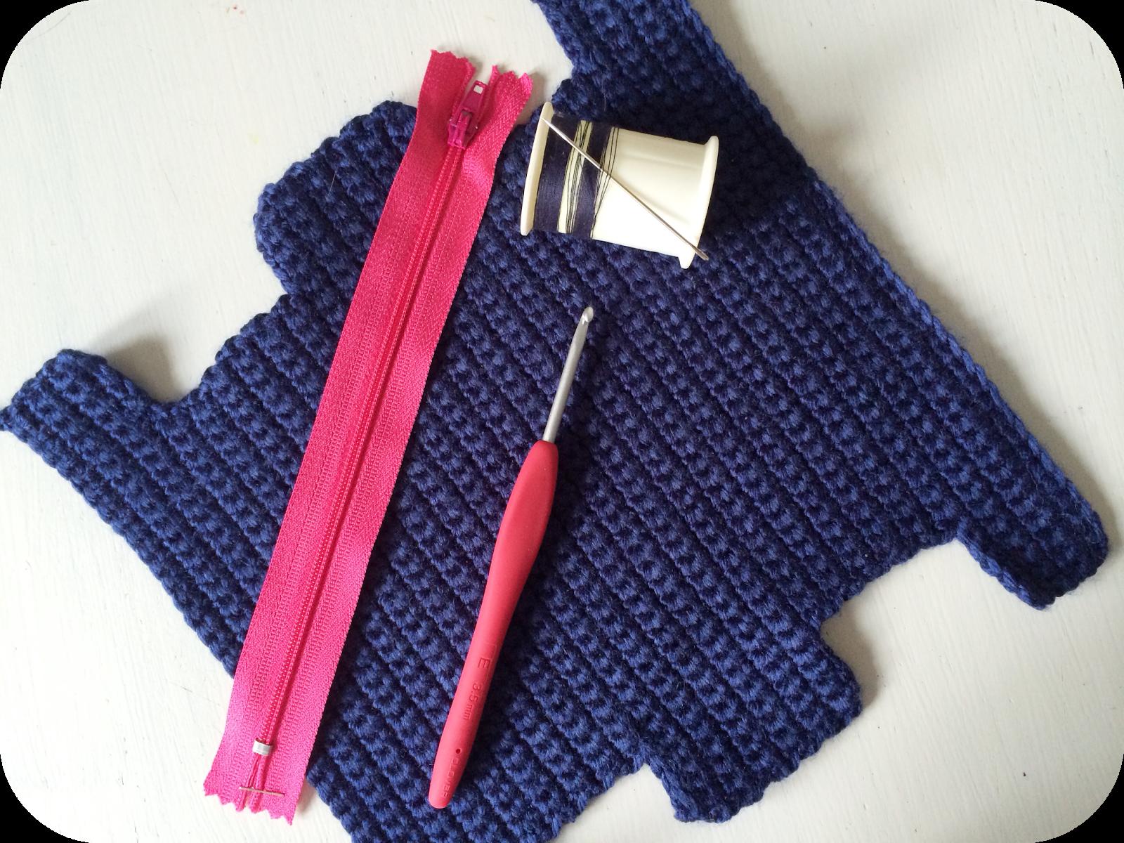 Box Pencil Case :: A Crochet Pattern ::