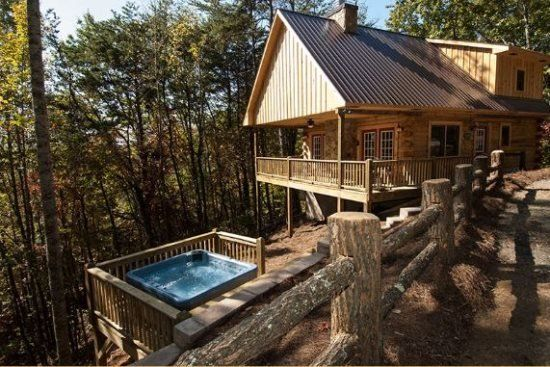 Moonstruck At Deep Creek Mountainside Cabin With Hot Tub And Wi Fi Minutes In Bryson City Luxury Rentals Bryson City Cabin Rentals Cabin