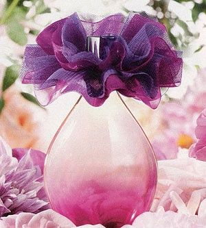 Avon flor violeta perfume. The newest scent for ladies. light and floral. www.youravon.com/mhamilton39