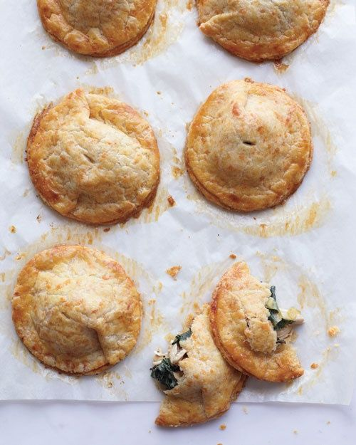 Chicken and Kale Hand Pies with Cheddar Crust #chicken #pie #cheddar via JuJu Good News