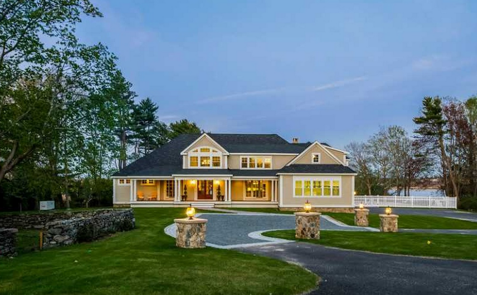 4 995 Million Newly Built Waterfront Mansion In Barrington Ri