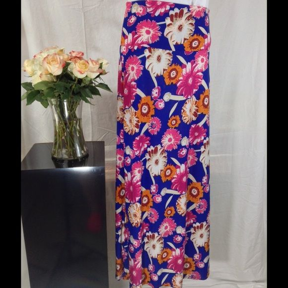 "Flower Bouquet Long Maxi Skirt Flower Bouquet Long Maxi Skirt (Optional Fold Over)❤️ Stretchy Rayon-95% Spandex-5% Waist-28""-35"" Adjustable Length-43"" (longest) Skirts Maxi"