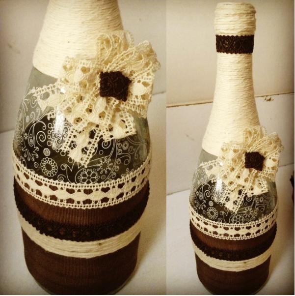 Botellas decoradas con muuucho cariño!! ☺️☺️También se pueden hacer por encargo!! #botellasdecoradas #botellaspersonalizadas #botellasbonitas #handmade #imagine #otoñal #puntillas