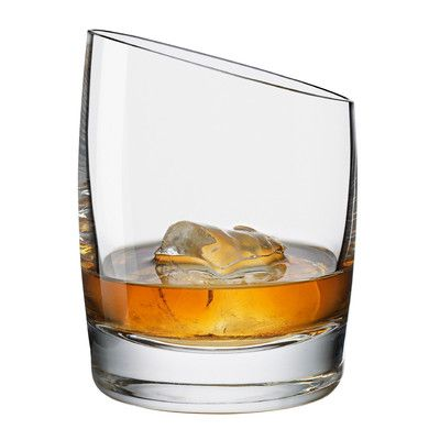 Pin By Guillermo Dejesus On Alcoholic Beverage Whisky Glass Whisky Whisky Drinks