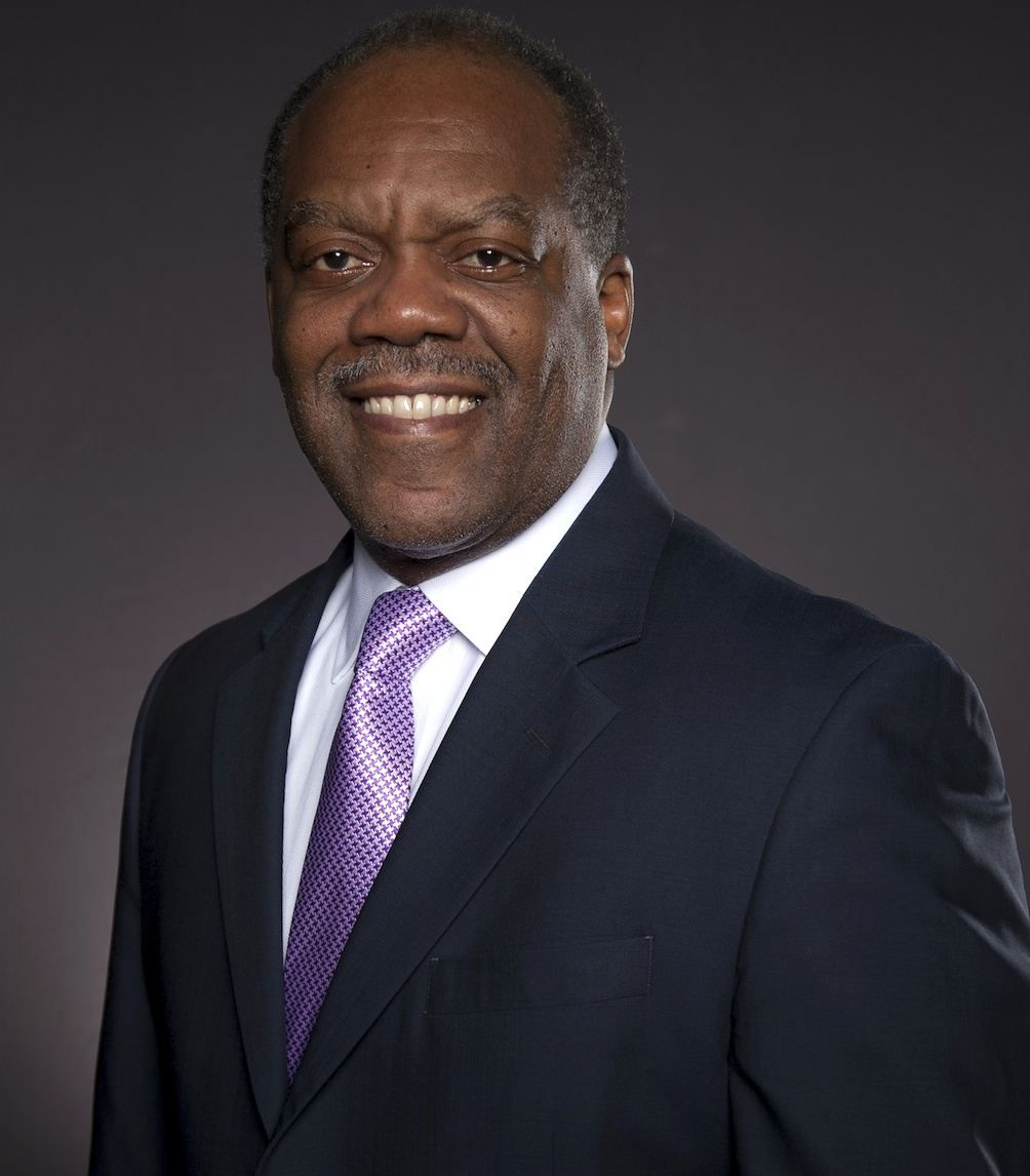 Author Theodore Henderson Serves as Judge of NYPL's