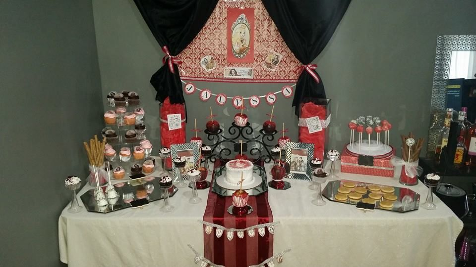 Ever after high apple white dessert table