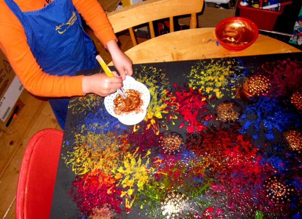 """Fly Swatter & Sieve Firework Painting - from Mama's Little Muse ("""",)"""