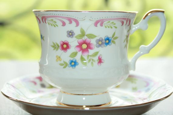 Royal Ascot  Summer Festival  vintage  teacup with door HomiArticles