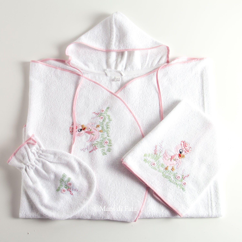 set da bagno per il neonato composto da un accappatoio un asciughino e una manopola
