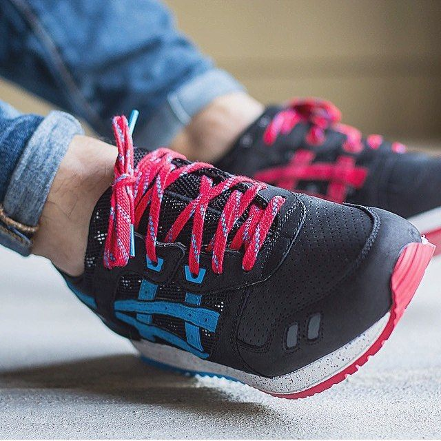 8cb5f85affe6 Dope shot of the new Asics Gel-Lyte III x Villa x Wale
