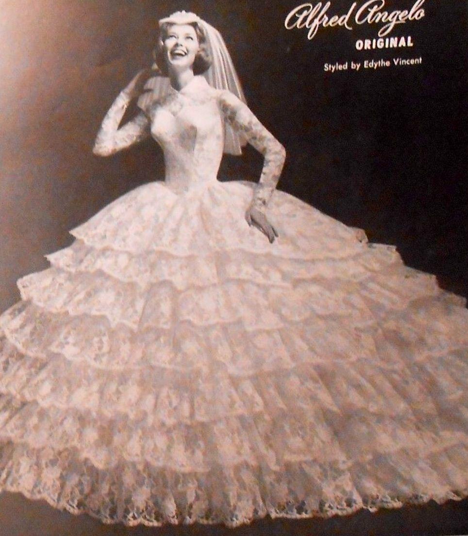 1959 Bride, vintage classic wedding gown | vintage | Pinterest ...