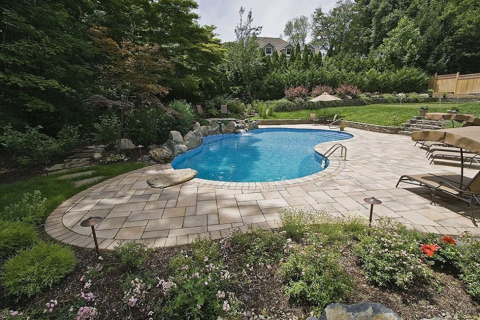 Pool patio too hot concrete paver slabs look like stone for Deck gets too hot