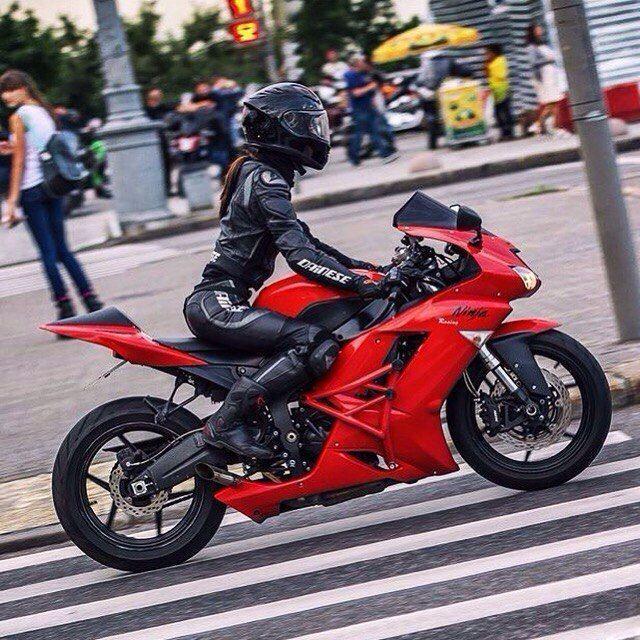 Hot Ladies On Bike! You Bet #Ideal #bikelife #motorbike #bike #motorcycles