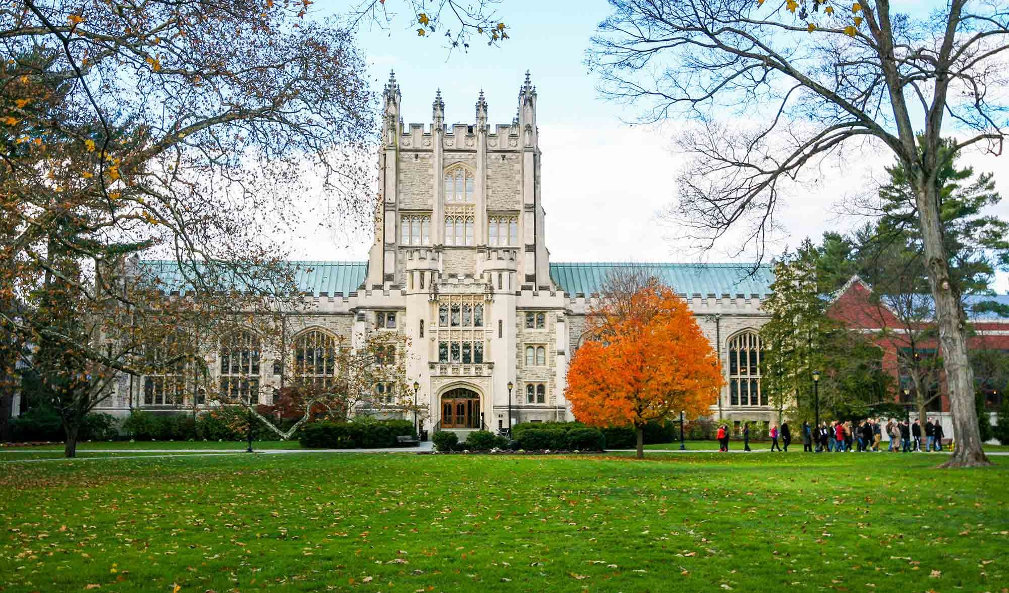 Vassar College Campus Poughkeepsie Ny College Campus Places In America Hudson River Valley