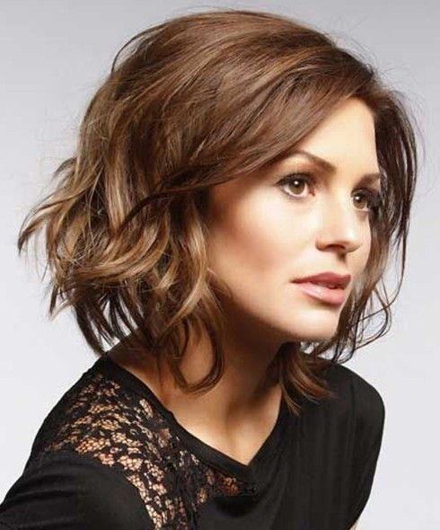 20 Best Short Wavy Haircuts For Women Popular Haircuts Hair Styles Short Wavy Haircuts Wavy Haircuts