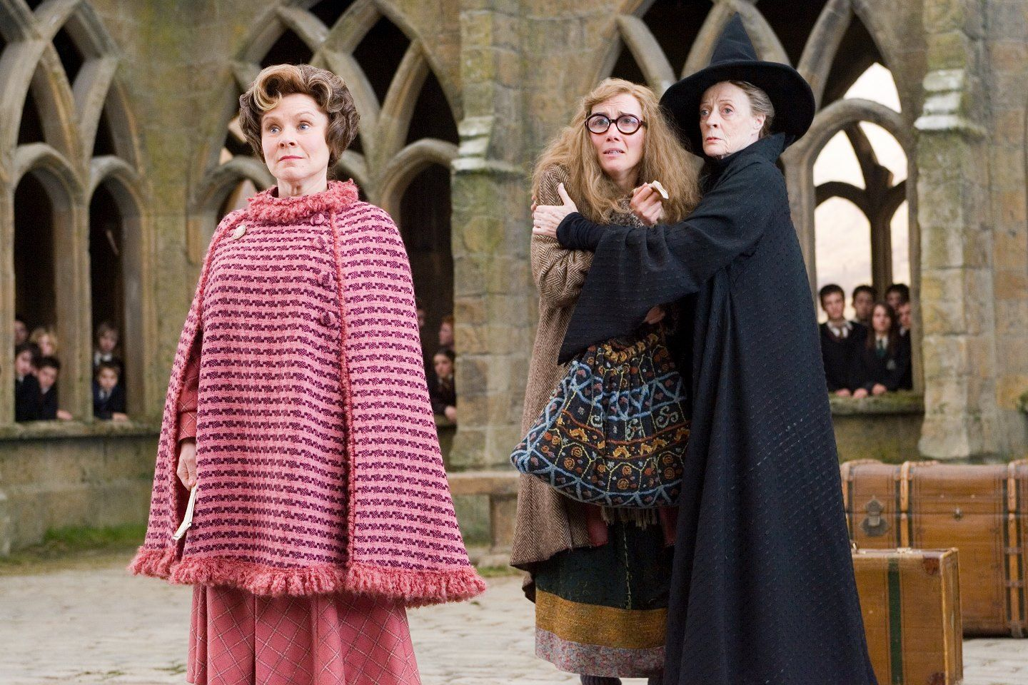 Hogwarts Is My Home You You Can T Do This Professor Trelawney Actually I Can Dolores Umbridge Harry Potter Maggie Smith Harry Potter Film