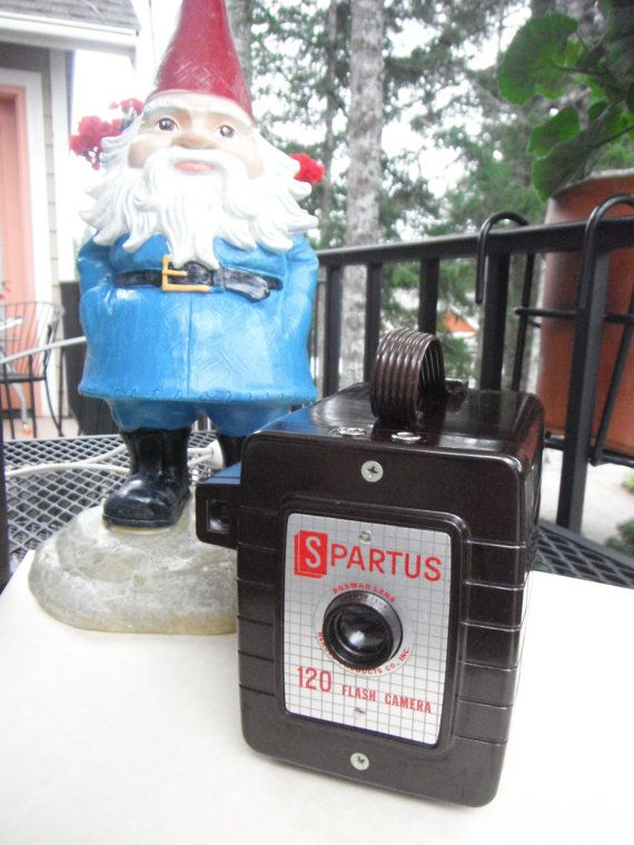 Vintage Spartus Box Camera by Wildeblossome on Etsy