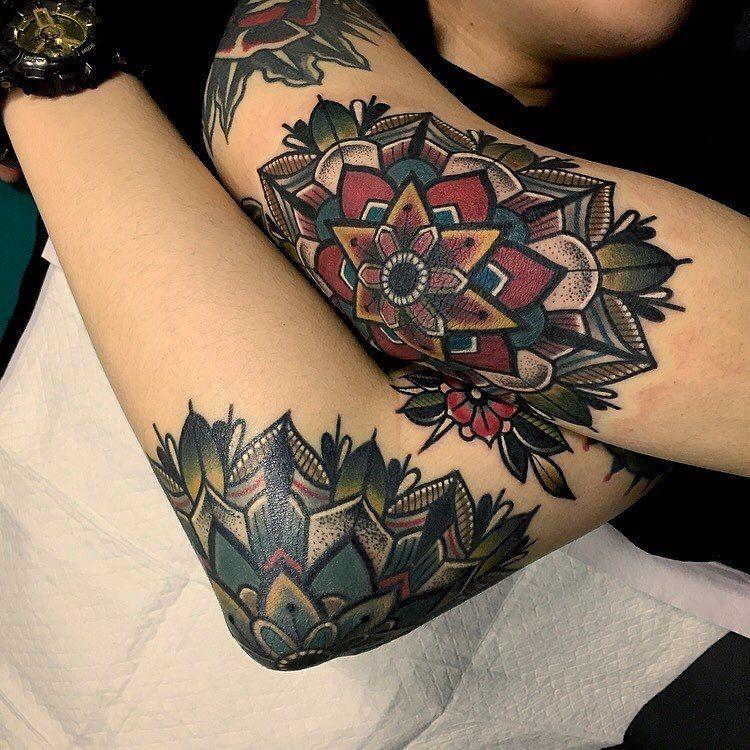Old School Elbow Mandalas Tattoos Pinterest Tatouages Idees