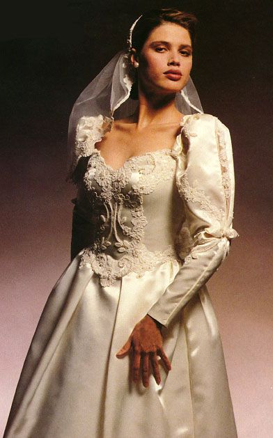 Pin by Terry Maes on Vintage Wedding | Pinterest | Vintage bridal ...