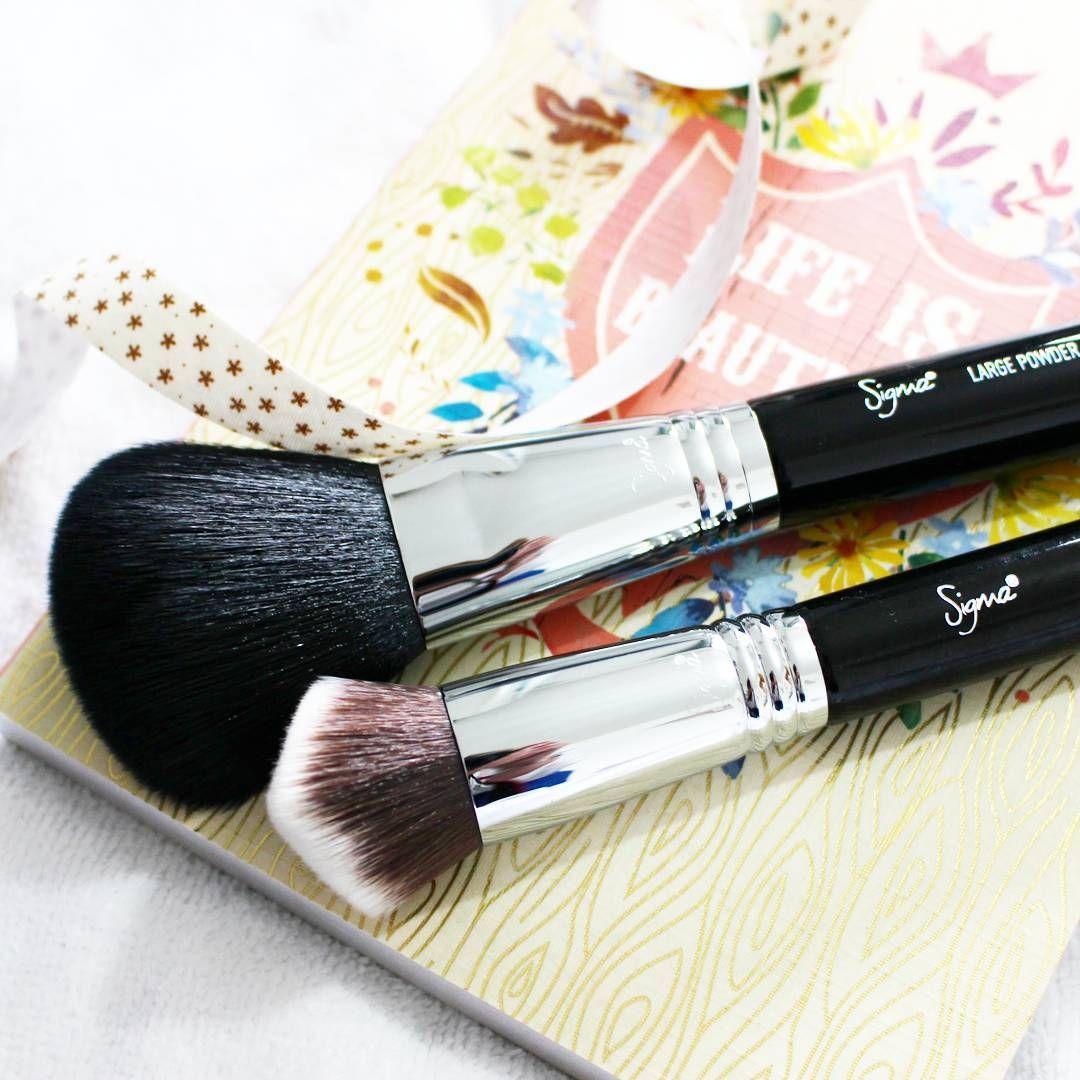 Sigma 3DHD Kabuki brush and F20 Powder brush review