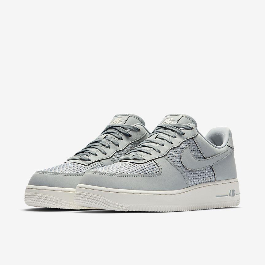 c6b34927a45 Nike Air Force 1 Low Men s Shoe