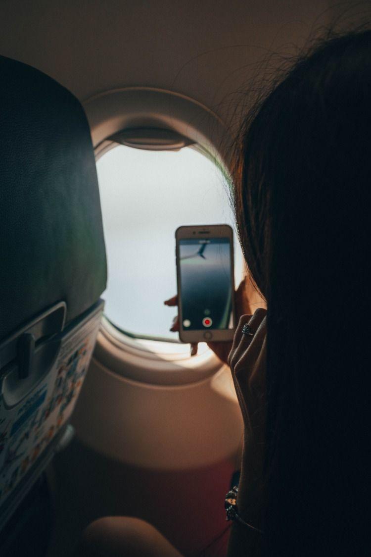 в самолете работа для девушек