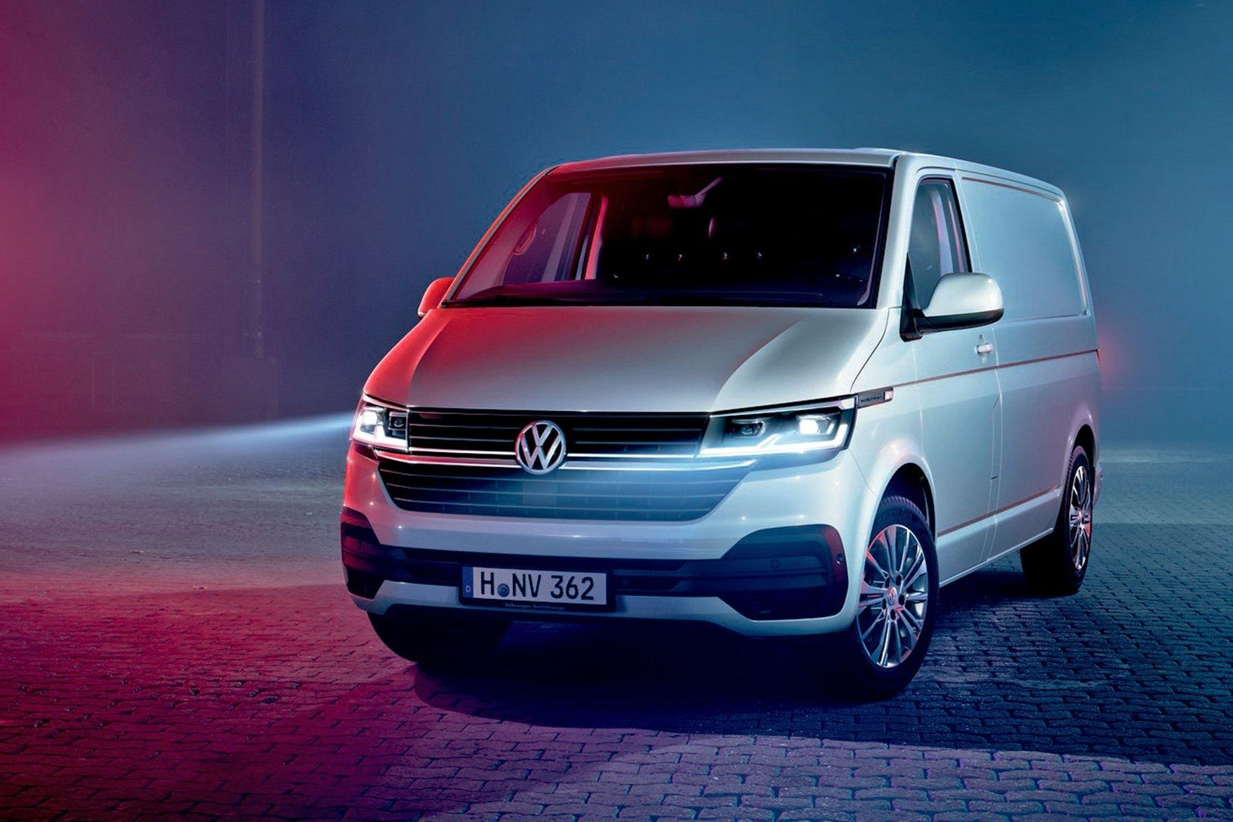Top Vw Kombi 2020 Performance And New Engine Volkswagen Transporter Vw Transporter Volkswagen