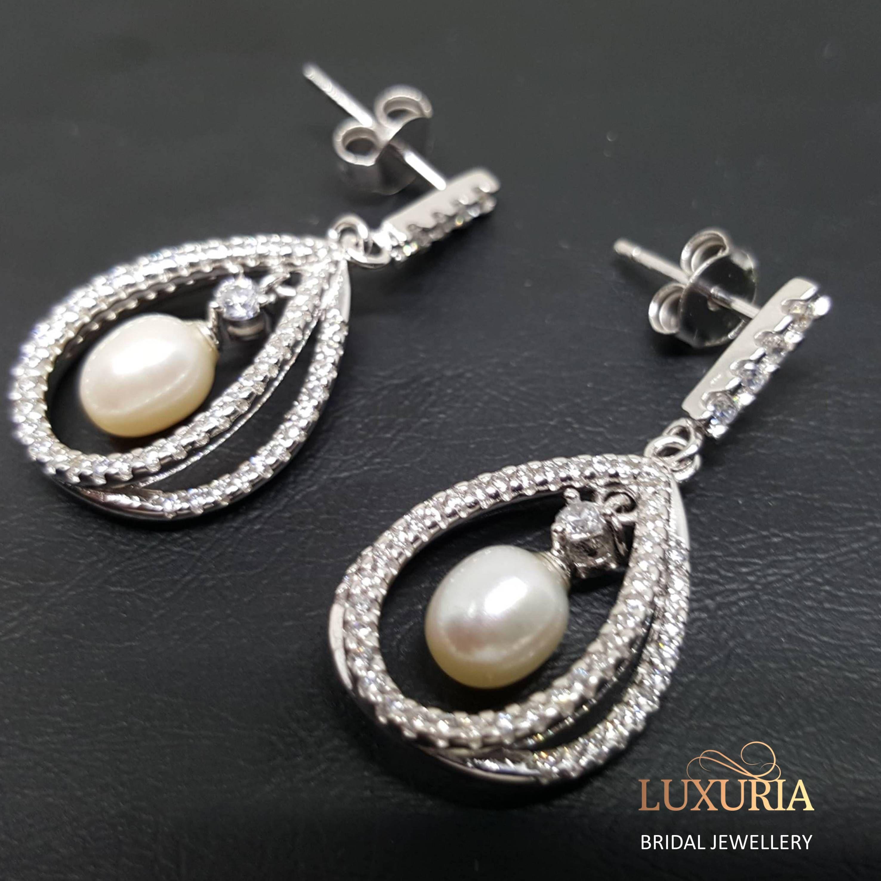 Classic pearl bridal earrings, 925 sterling silver online NZ, Luxuria Jewellery