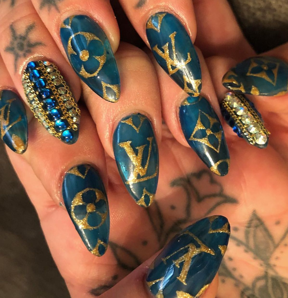 Blue Round Shaped Nails With Gold Louis Vuitton Monogram Style Im In Love With This Nail Design Nailart L Round Shaped Nails Gold Nails Louis Vuitton Nails