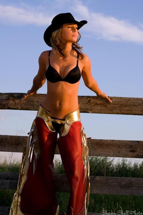 Sexy cowgirls in chaps pics 319