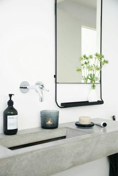 Helles und modernes Badezimmer mit Betonwaschbecken Inspiration - gestaltung badezimmer