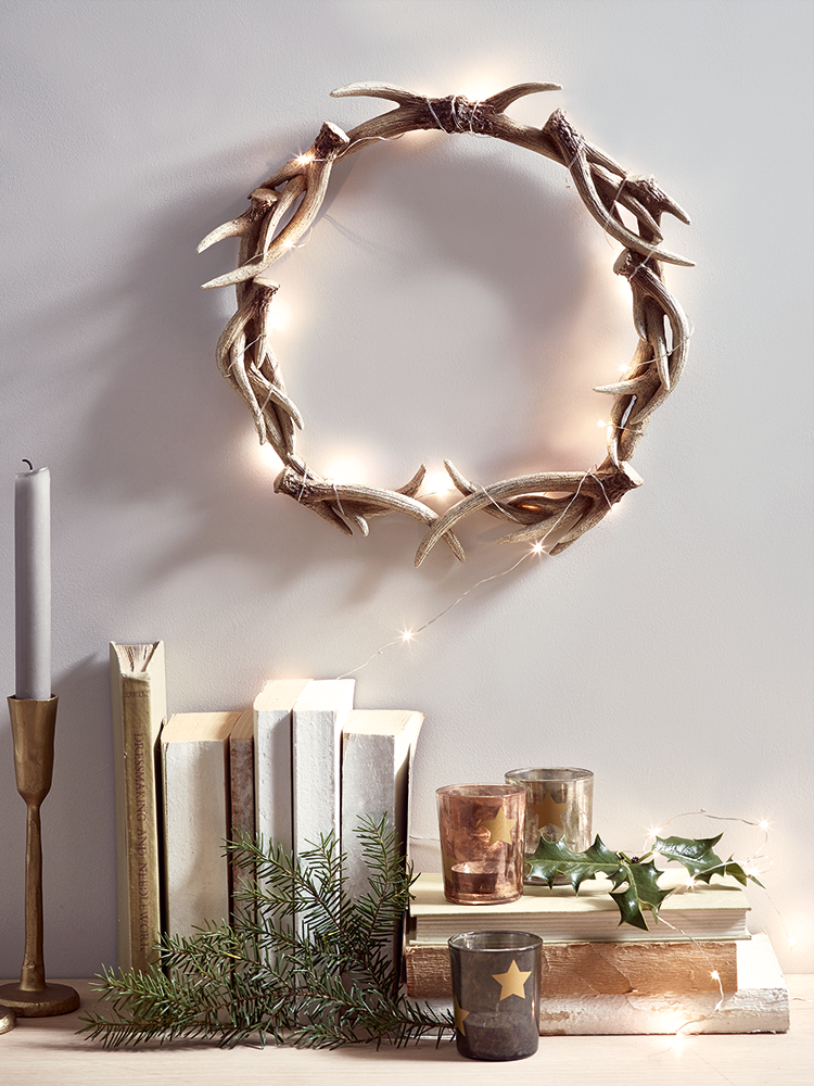 New faux antler wreath christmas christmas cheer for Antler christmas wreath