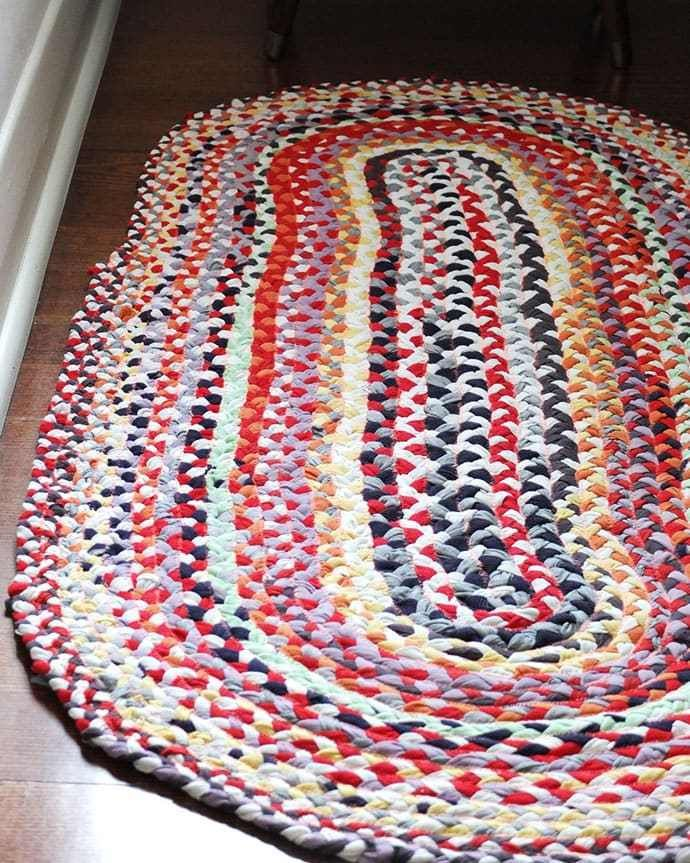7 Ways to Make a Rag Rug from old Clothes -   14 DIY Clothes Shirts rag rugs ideas