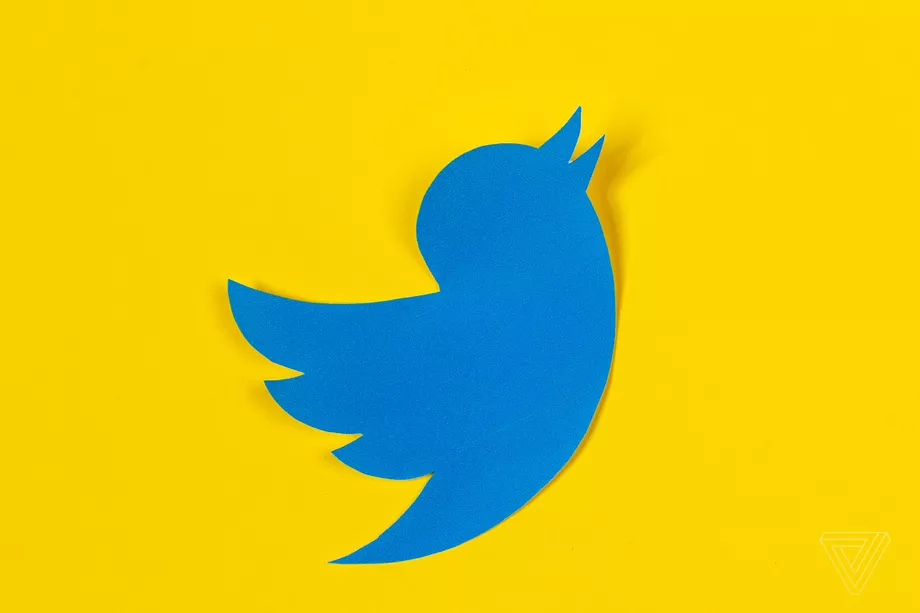 Twitter Tests Letting Users Follow Topics In The Same Way They Follow Accounts Twitter S News Highlights Twitter