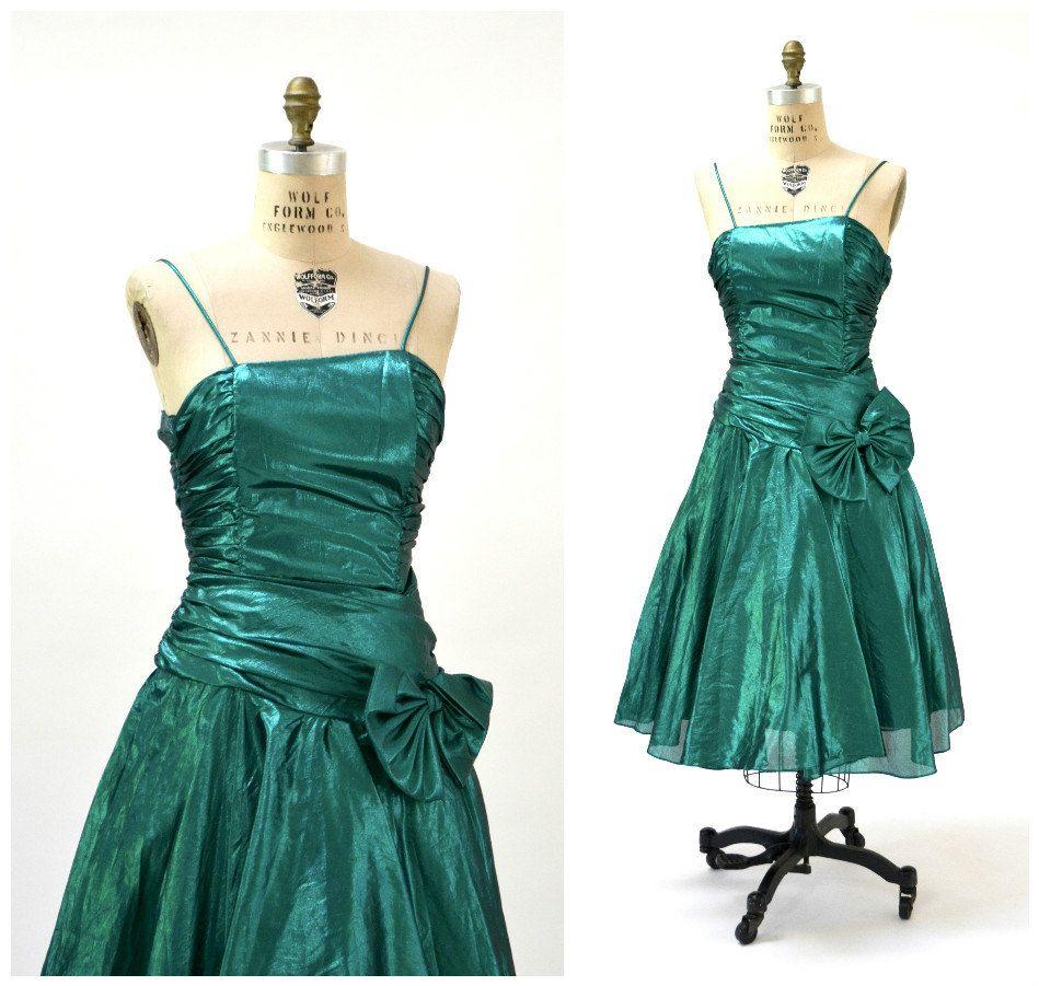 Vintage 80s Prom Dress Metallic Green Size Small 80s Etsy Metallic Party Dresses 80s Prom Dress Dresses [ 901 x 949 Pixel ]