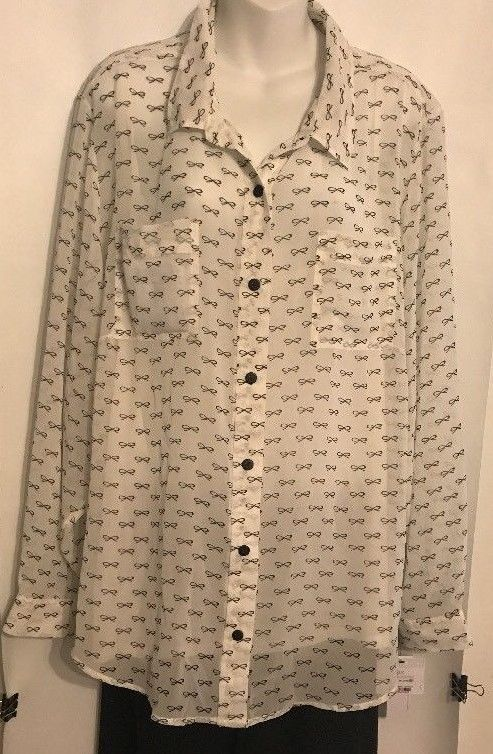 CAbi 975 Chic Embellished White Button Up Shirt Size L NWT $98 Cotton Blend