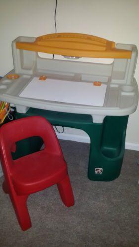 Little Tikes Step 2 Deluxe Art Master Desk Childrens Furniture
