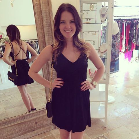Velvet dresses are perfect for Fall parties this season!